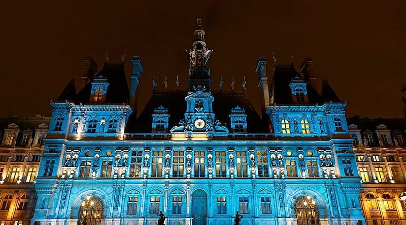 The city of lights glows teal for cervical cancer elimination